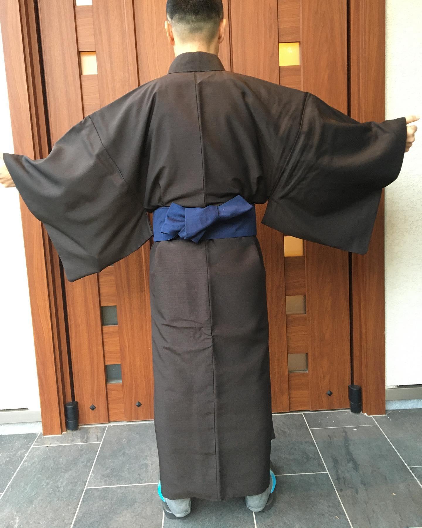 お着付け承ります..#着物#和装#男性着物 ..〠627-0004京丹後市峰山町荒山1220-1︎0772608704close:Wednesday