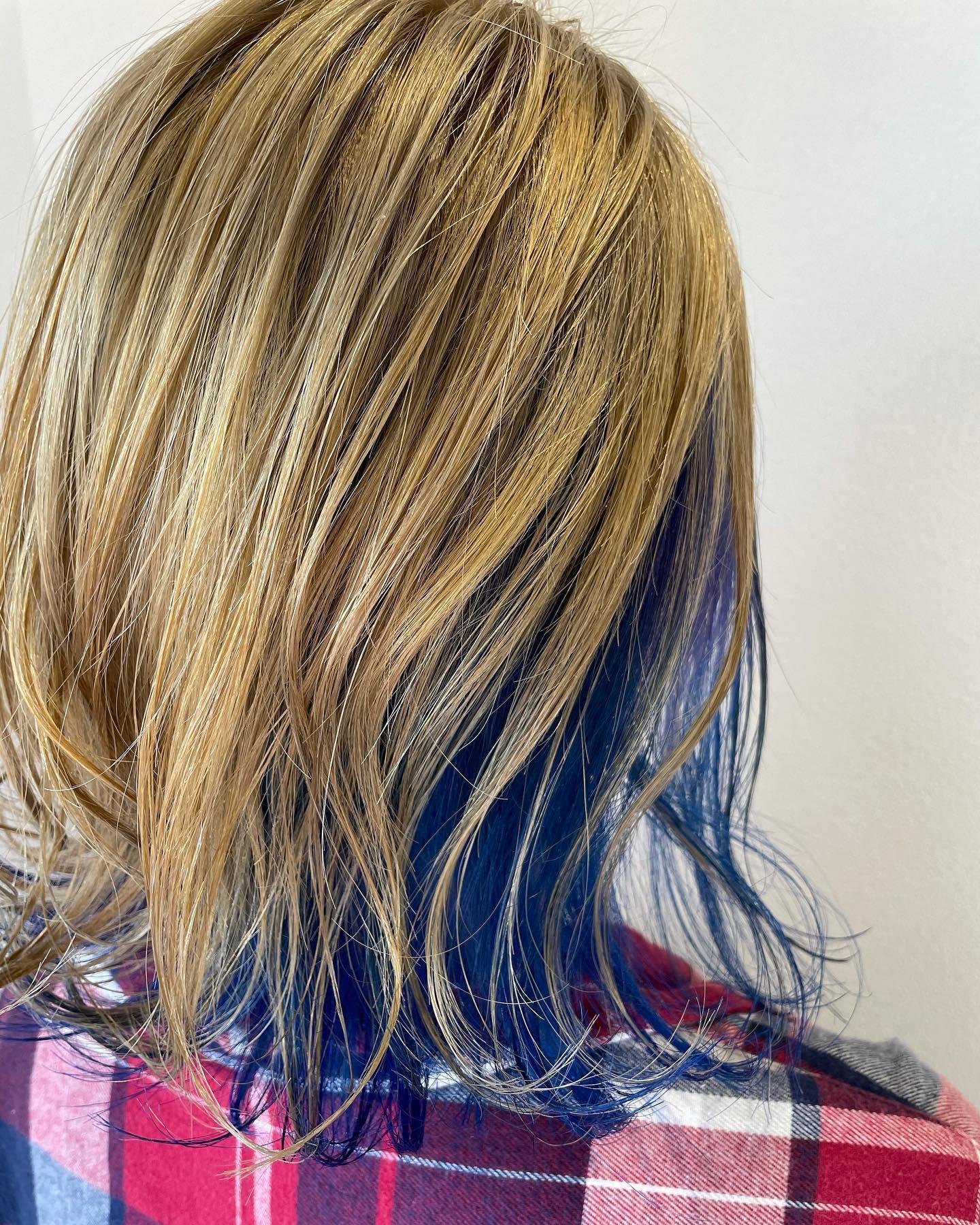 ハイトーン️ツートン..#ハイトーン#ツートン#ブルー#blue### #可愛い#ボブ..〠627-0004京丹後市峰山町荒山1220-1︎0772608704close:Wednesday