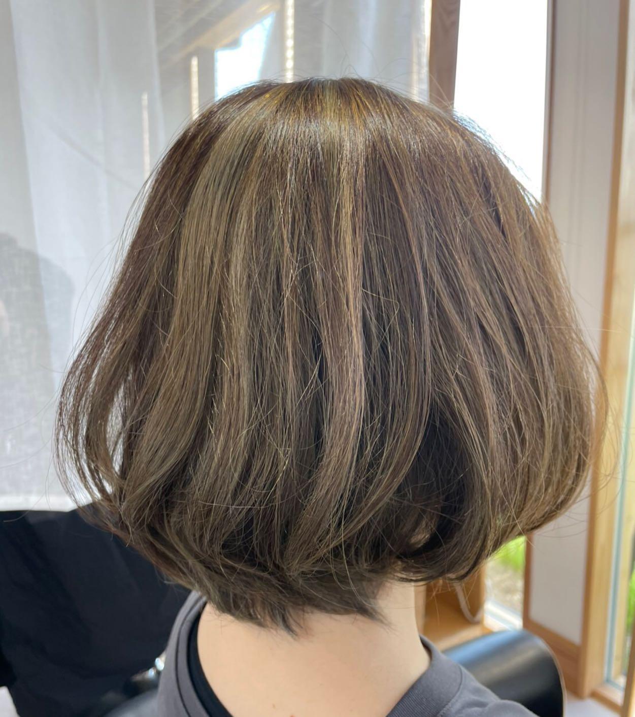 思い切って明るく退色も楽しみ️夏には更に... 笑#totti #hair #color #perm #cut #hairstyle #haircolor #hairarrange #stylist #care #carelist #aujua #イルミナカラー #headspa #treatment #美容院