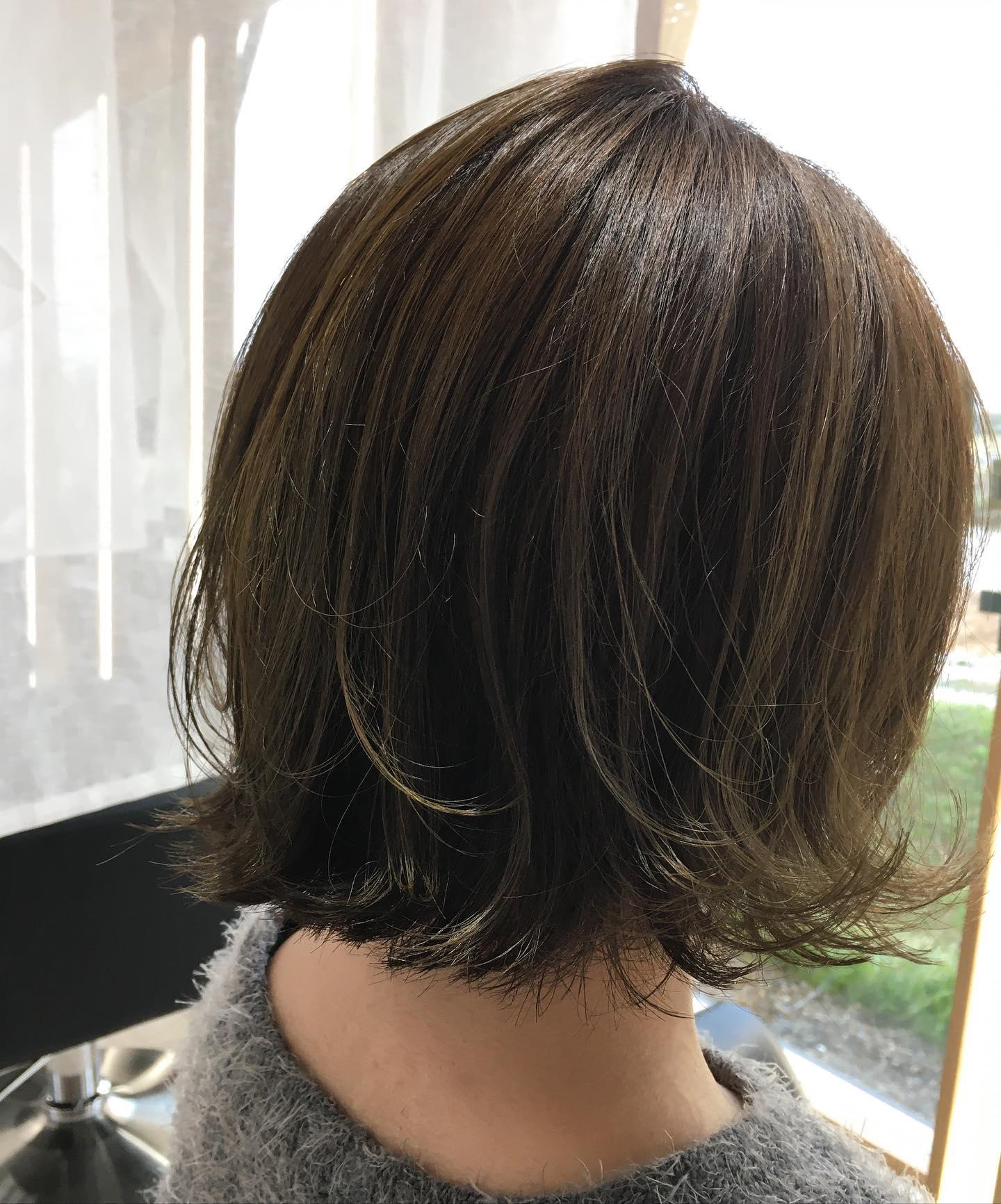 カラーチェンジでくすみ系にくすみ系でもイルミナなので透明感のある綺麗な色に️平日  10:00〜20:00lastcut 18:30 other 18:00土日祝  9:00〜19:00lastcut 18:00 other 17:00close  wednesdayhttp://www.totti-hd.com#totti#perm #cut #hairstyle #haircolor #hairarrange #stylist #care #carelist #aujua #イルミナカラー #headspa #treatment #美容院#着付け