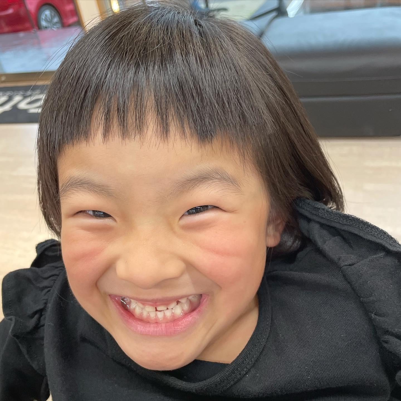 前髪攻める.. #前髪#攻める#オン眉 #可愛い#キッズヘア #女の子#バッサリボブ#ピカピカの1年生 ..〠627-0004京丹後市峰山町荒山1220-1︎0772608704close:Wednesday